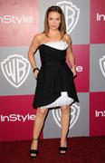 http://img44.imagevenue.com/loc156/th_79281_Alyssa_Milano_at_2011_InStyleWarner_Brothers_Golden_Globes_Party10_122_156lo.jpg