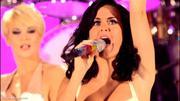Nov 17, 2010 - Katy Perry - Teenage Dream & Firework - BBC Radio 1's Teen Awards (23 HQ pics) Th_03717_Forum.anhmjn.com_003_122_353lo