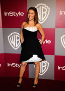 http://img44.imagevenue.com/loc411/th_79353_Alyssa_Milano_at_2011_InStyleWarner_Brothers_Golden_Globes_Party13_122_411lo.jpg