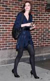 http://img44.imagevenue.com/loc931/th_47610_Anne_Hathaway_2008-09-30_-_visits_the_Late_Show_with_David_Letterman_0235_122_931lo.jpg