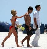 Kelly Ripa da beach Foto 48 (Келли Рипа да пляж Фото 48)