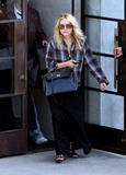 mary kate olsen shopping in LA